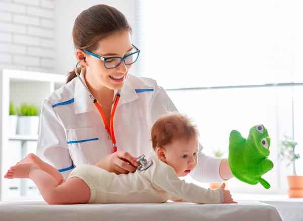 Запись к детскому врачу в УльтраМед